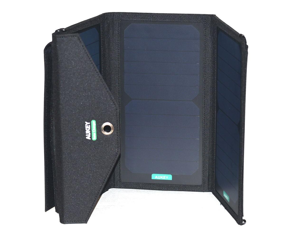 aukey solarladeger t v llig unabh ngig von strom. Black Bedroom Furniture Sets. Home Design Ideas