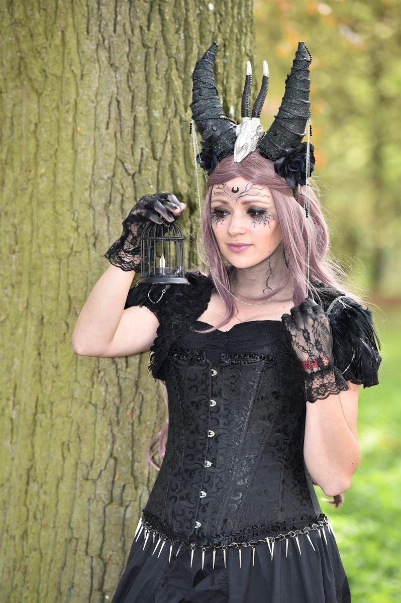 Elfia auf Schloss de Haar